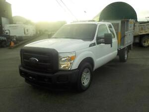 2011 Ford F-350 Xl Sd SuperCab Long Bed 2WD with Service Box