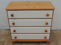 Ducal wooden chest of drawers (Delivery possible)