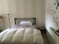 Double room near city center/10 min walk to University/all bills included/student flat
