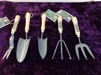 Brand New Set Of 5 Top Quality Gardening Hand Tools / Summer Set Collection