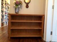 High-quality solid bookshelves