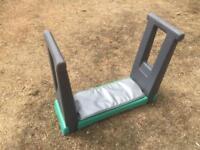 Garden kneeling/seat