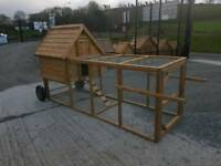 ++ Wooden Hen Arks with pen cage run on wheels. Dog kennels and rabbit hutches
