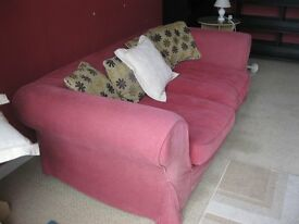 MODERN RED 3 SEATER SOFA. VERY COMFORTABLE. ZIPPED CUSHION COVERS. VIEWING/DELIVERY AVAILABLE