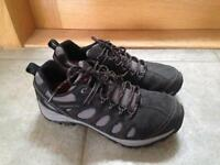 Merrell Men's Carbon Performance footwear size 9. Colour Grey.