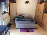 LARGE STUDIO WITH SMALL GARDEN AT NORTH HOLT GAS WATER AND ELECTRIC IS INCLUDING