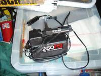 TYRE PRESSURE PUMP 250 psi
