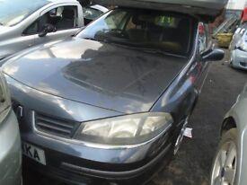 BREAKING ---- Renault Laguna Expression 2L Petrol ----- 2005