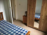 STILL AVAILABLE - Lovely cozy double room in Heaton flatshare