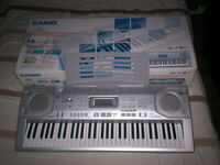 CASIO CTK -800 ELECTRONIC KEYBOARD