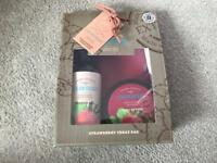 Natural Selection shower and body butter gift set -sealed