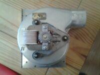 Gas boiler exhaust fan
