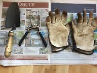 Wilkinson sword trowel +BRIERS pruner + gloves