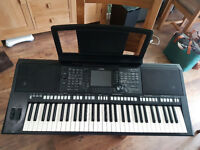 PSR-S750 Yamaha Arranger keyboard in top class condition.