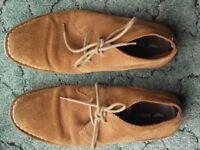 Red Tape Mens Desert Boots size 9 minimal wear