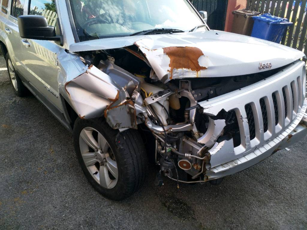 Jeep patriot 2011 damaged spares repairs in hoyland south jeep patriot 2011 damaged spares repairs freerunsca Gallery