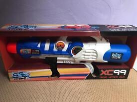 Mega water gun Aqua Blaster