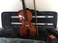 Stentor Violin, plus case and music stand - Full size, pristine condition