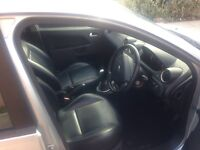 Ford Fiesta ghia 1.4 full black leather