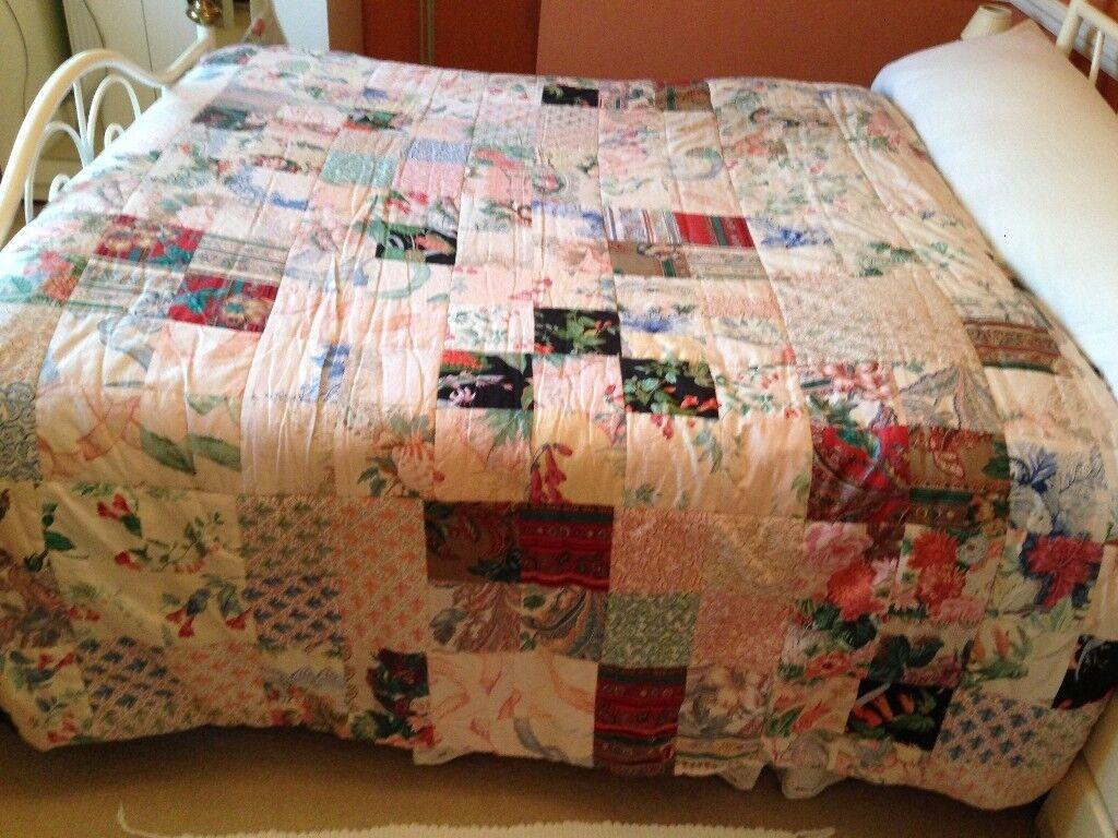 1980s 1990s Vintage Heavy Handmade Patchwork Quilt Vgc