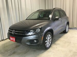 2012 Volkswagen Tiguan 2.0L, Leather, Panoramic Roof