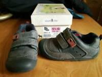 Start Rite Navy Leather/Nubuck 5.5G EU22 Toddler shoes