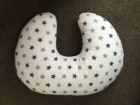 Baby feeding support cushion