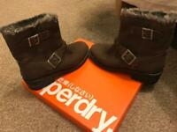 Women's Superdry Hurbis boots size 5 distressed brown