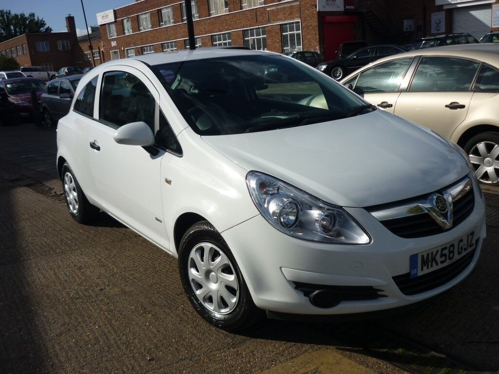 vauxhall corsa life 3dr white 2008 in west london london gumtree. Black Bedroom Furniture Sets. Home Design Ideas