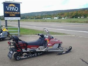 2003 bombardier Grand Touring SE 800cc