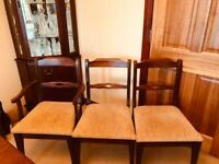 Dining table (extentable) and 6 chairs