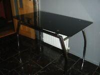 black tempur glass table