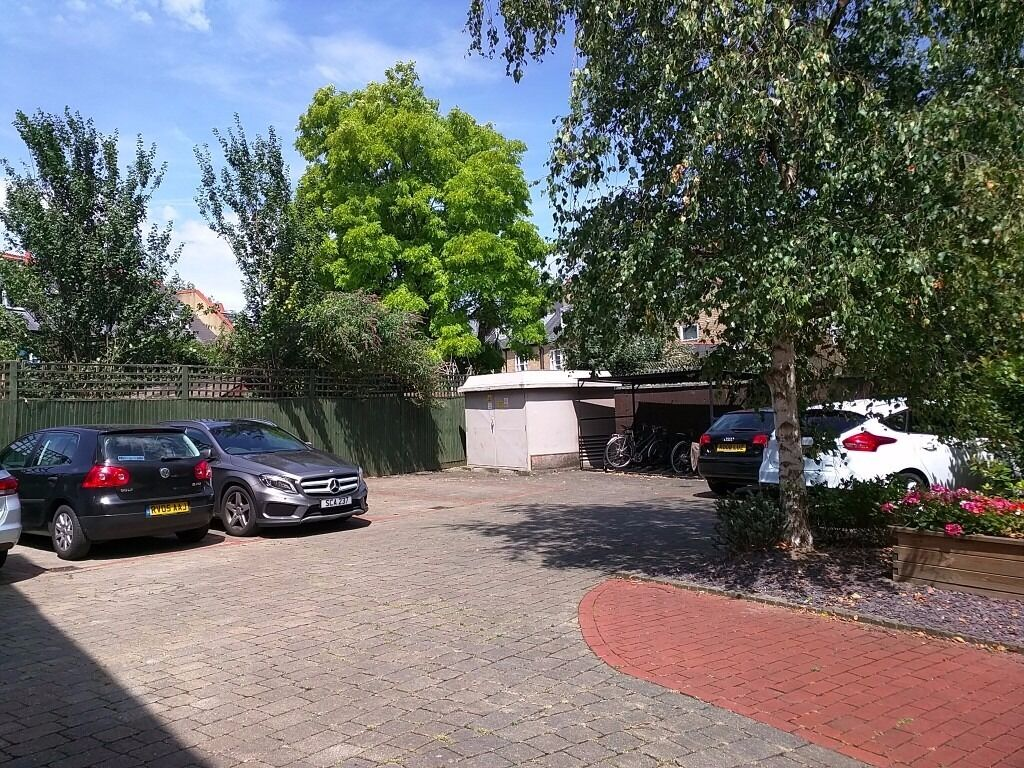 Private Parking Space for Rent in Chiswick / Acton