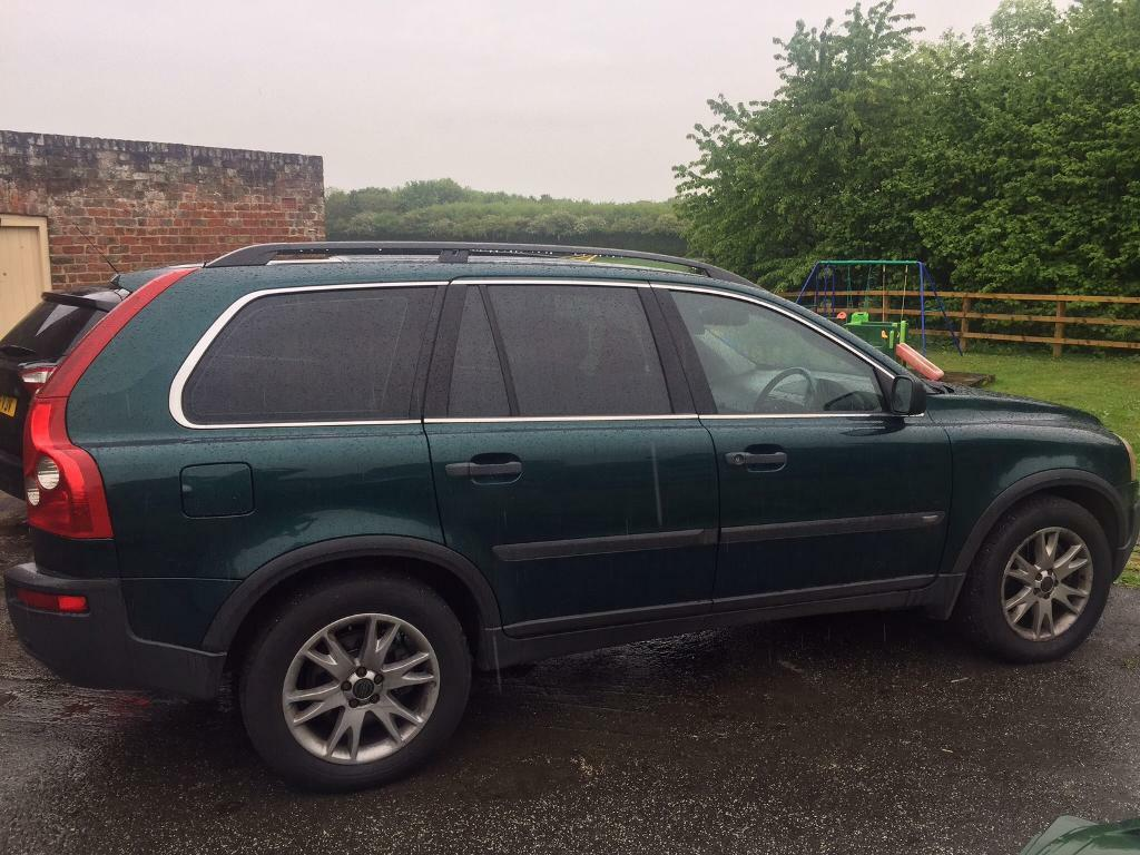 Volvo XC90 auto diesel 2003 full service history and has MOT. 7 seater full leather