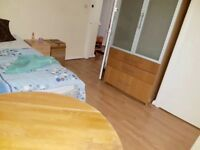 Double bedroom to let near syone lane station