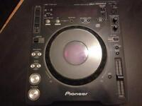 Pioneer CDJ 1000 MK2