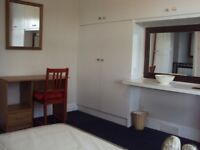 Very Nice Double Room In Female and Quiet House
