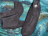 George Love your boots black sued small heeled ankle boots 7/41 nearly new