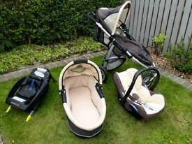 Full new born set Quinny pram with accessories maxi cosi base and car seat