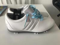 Women's Adidas golf shoes