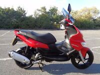 2009 GILERA RUNNER ST125 125 ST LC SCOOTER VGWO 70MPH REFURB'D NEW MOT & TAX SH