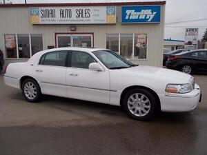 2007 Lincoln Town Car Signature Limited EXECUTIVE LUXURY