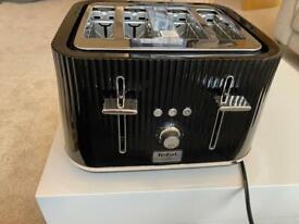 Tefal loft 4 slice toaster black