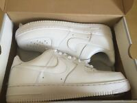 NIKE AIR FORCE 1 '07 WHITE SIZE 8, 9 UK