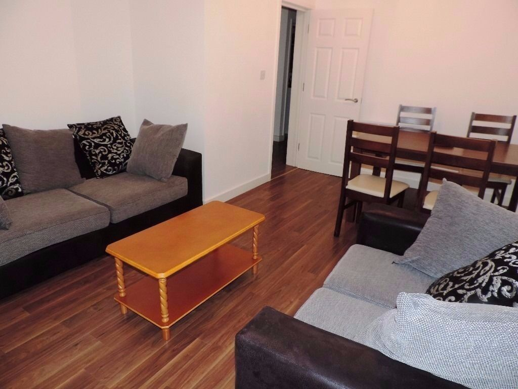 Brand New Two Bedroom Flat Available 01/07/2017 £750
