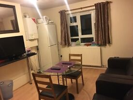 3 Bedroom Flat to rent in Putney