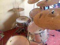 Aria Drum kit- zildjan cymbals