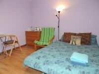 Double room to let short term, holiday, festival