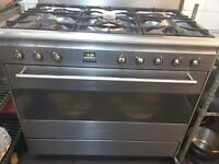 Smeg 5 gas cooker with large electric oven