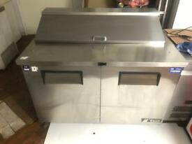 TRUE commercial pizza topping fridge in very good condition